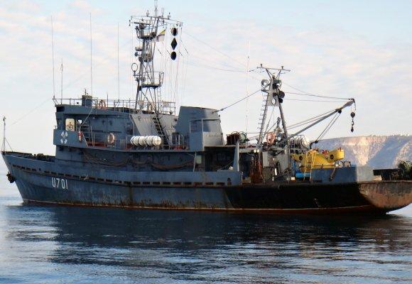 Допомога підшефним морякам Почаївською іконою на Тернопільщині