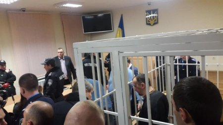 Суд разрешил Юрию Сиротюку на ночь отправляться домой