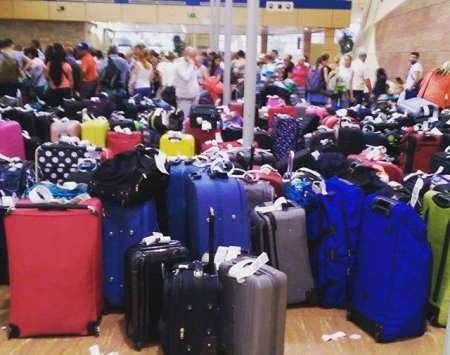 Как проходит эвакуация российских туристов из Египта. ФОТО