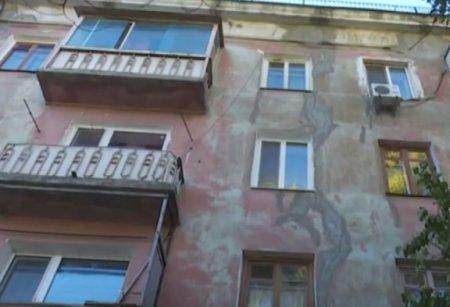 В Николаеве из-за ремонта магазина разрушается дом (ТВ, видео)
