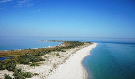 Джарылгач - необитаемый остров в Черном море