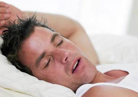 Почему вздрагивает человек когда засыпает