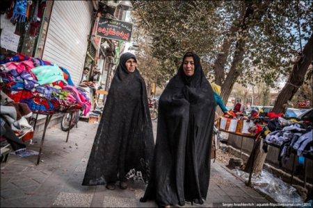 Кое-что о жизни женщины в строгих мусульманских странах