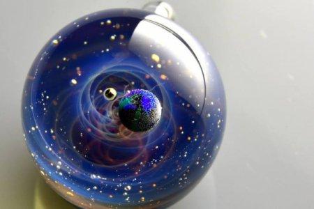 Вселенные в стекле: удивительные работы японского мастера. ФОТО