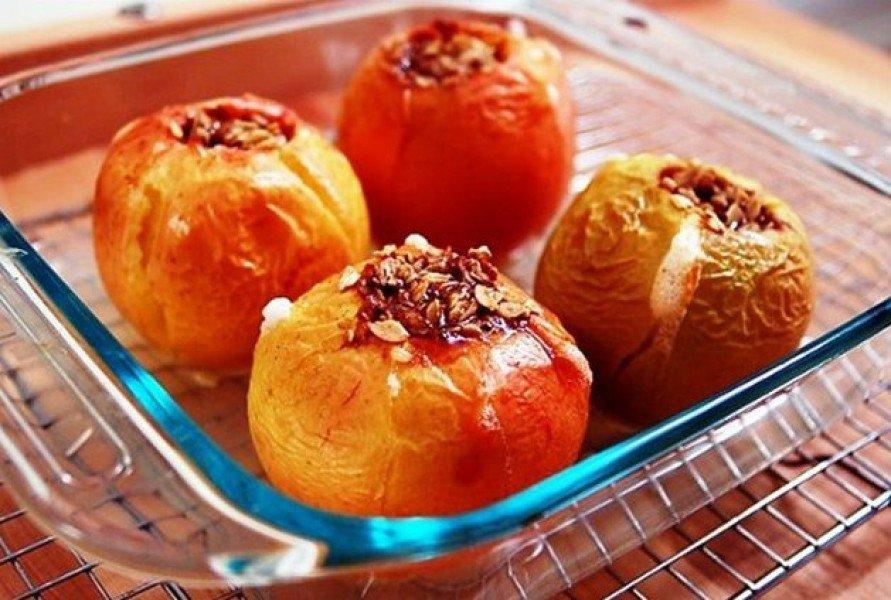 Диетические печёные яблоки в духовке рецепт с пошагово