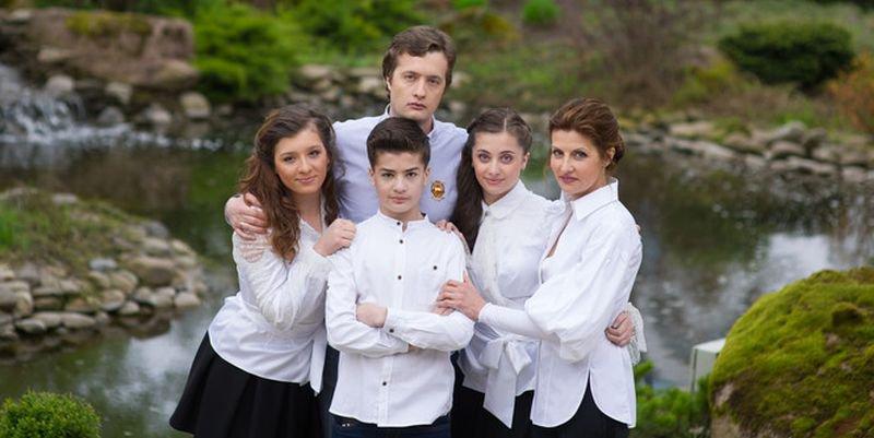 Где учатся дети порошенко 90