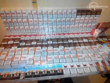На территорию Украины нелегально пытались ввезти сигареты и косметику