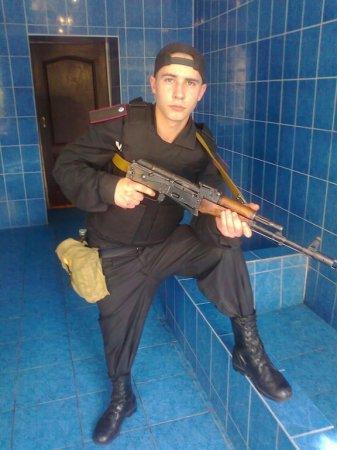 В социальной сети появились фото одного из убийц Павла Сушенцова в Железном Порту