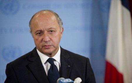 """Глава МИД Франции считает нужным изменить Конституцию Украины в связи с установлением """"режима тишины"""" на Донбассе"""