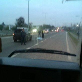 Военный автомобиль под Львовом насмерть сбил женщину