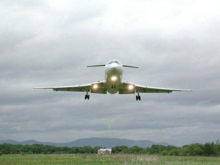 Разбился российский самолет Ту-154: на борту были военные, артисты и пассажиры