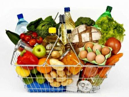 Скільки будуть коштувати продукти на новорічний стіл