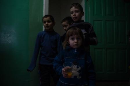 «Ми навчились цінувати прості речі», – евакуйовані жителі Авдіївки