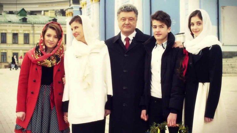 Двоє дітей президента України закінчили коледж у Великобританії