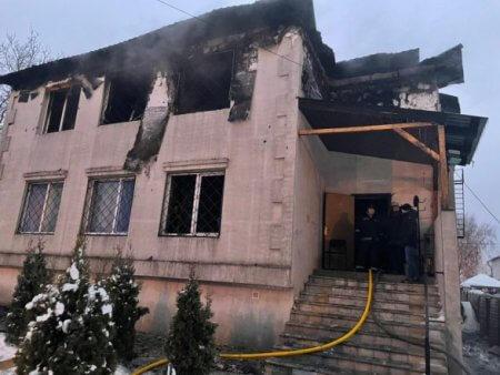 Прожить тяжелую жизнь и сгореть в доме престарелых: трагедия в Харькове