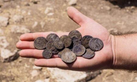 Библейский Израиль реален, археологи обнаружили древние ходы и монеты Иуды
